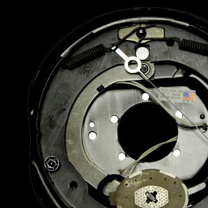 Nev-R-Adjust Electric Brakes on All Hubs
