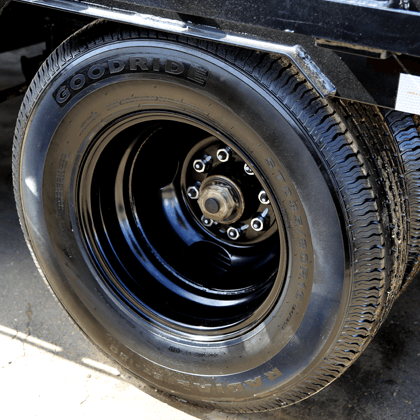 "17.5"" Radial Tires"